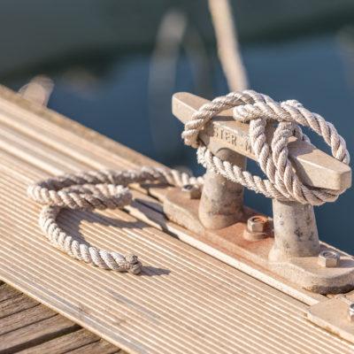 terminología náutica, barco, atraque, amarre, cabos, amarras, vocabulario náutico, náutica, port premià, premià de mar, amarres,